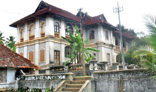 Famous Palaces in Kerala