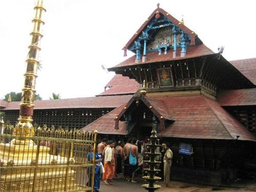 Ettumanoor Siva Temple History