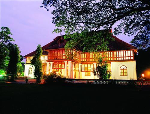 Bolgatty Palace Heritage Hotel