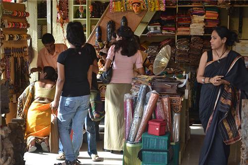 Famous markets in Kolkata