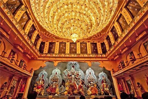 Most popular puja pandals in Kolkata