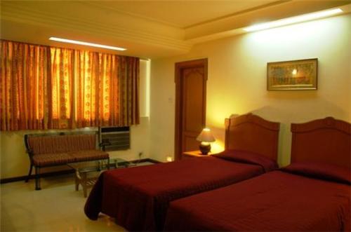 Hotels in Kolkata near Howrah railway station