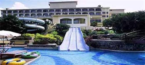 Hotel Fariyas in Lonavala