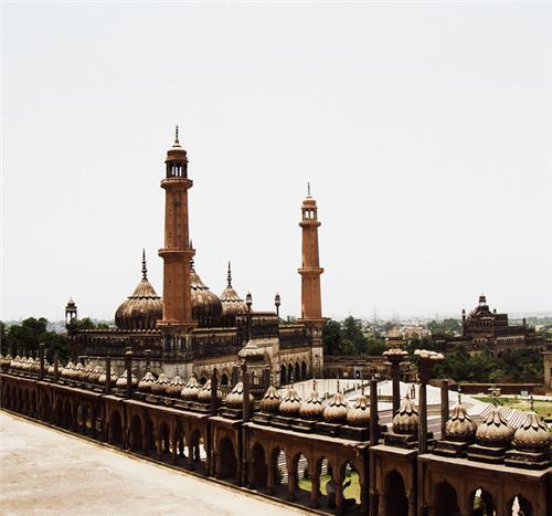 Asafi Masjid Lucknow Entry