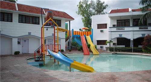 Holiday Resorts in Lucknow