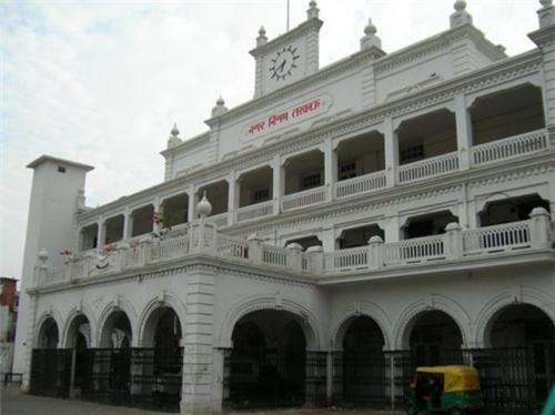 Lucknow Municipal Corporation Address