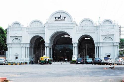 Sahara-Lucknow
