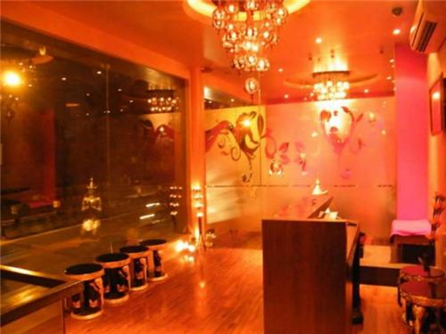 Popular Salons in Lucknow