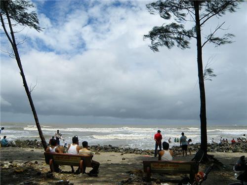 Beautiful beaches of Alibag