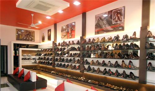 Shoe Stores in Amravati