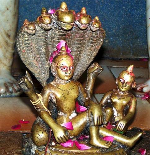 Deities at Rangeshwar Mahadev Temple