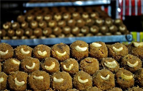 Mathura ke Pede Sweets in Mathura