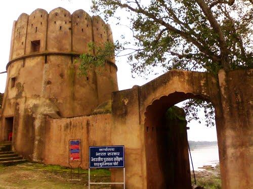 Monuments in Mandla