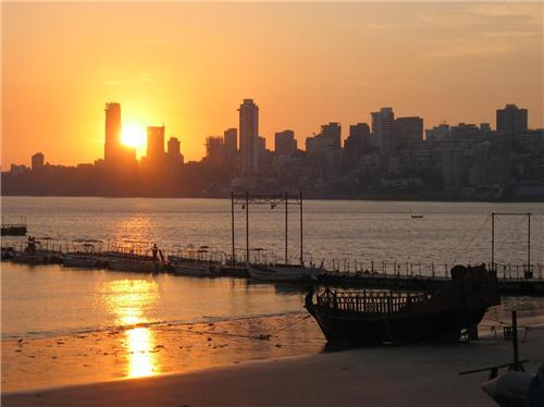 Beautiful sunset at Chowpatty beach