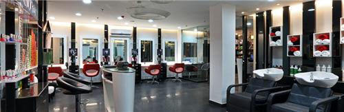 Lakme Beauty Salon in Mumbai