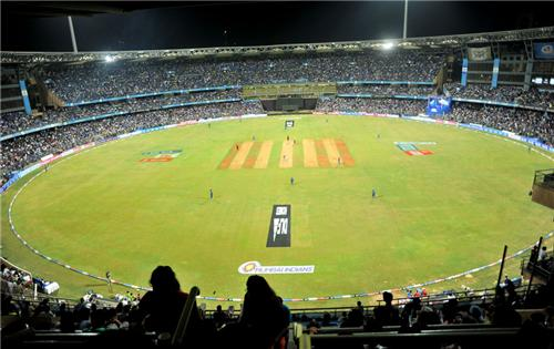 The iconic Wankhede stadium jam packed with fans.
