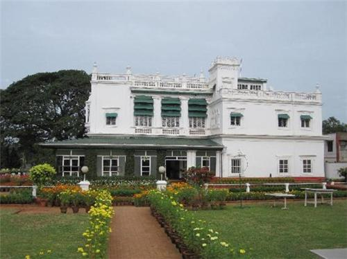 Cheap Hotel in Mysore