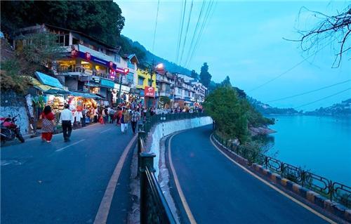 Barra Bazaar Shopping in Nainital