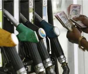 petrol pumps in noida
