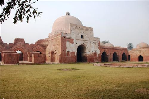 Kabuli Bagh Mosque in Panipat