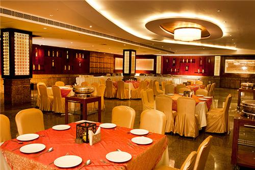 Hold conferences at Days Hotel in Panipat
