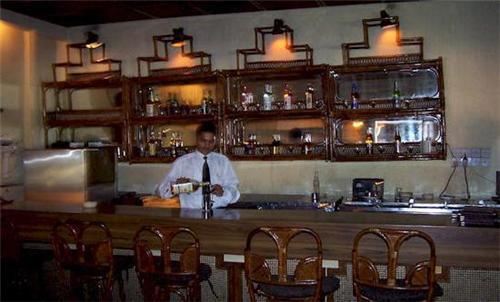 Bar in Hotel Gold in Panipat