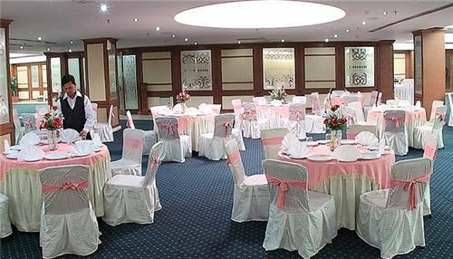 Banquet Hall, Eqbal Inn