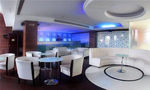 Bar in Eqbal Inn