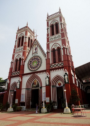 Churches in Pondy