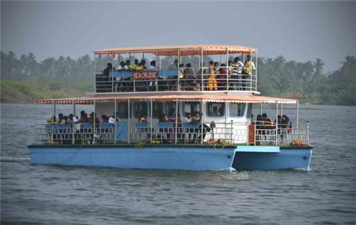 Boating trip in Puducherry