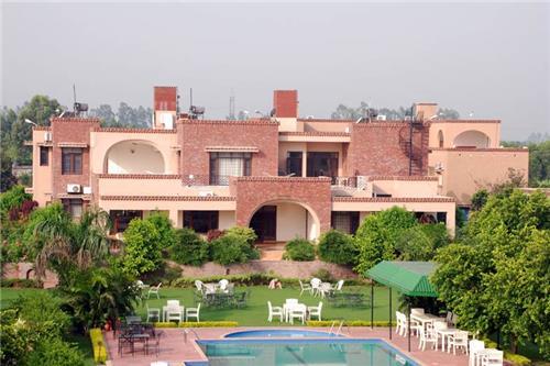 Aura Vaseela resort in Punjab
