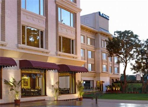 Magnet Resorts in Ludhiana