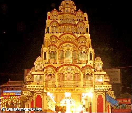 agdusheth Halwai Ganesh Temple in Pune, Maharashtra
