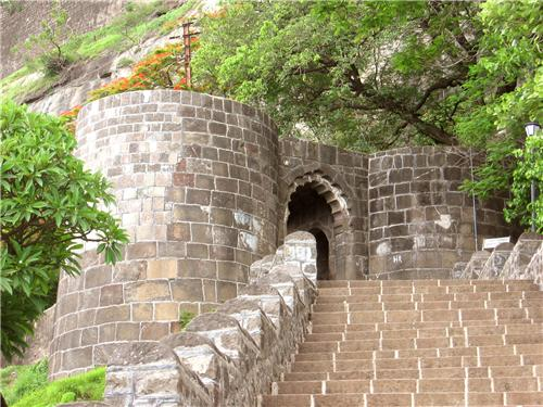 Forts in Pune
