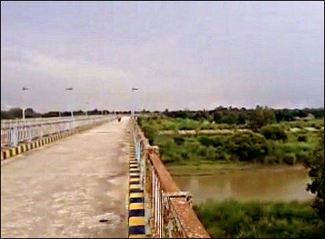 Behta Bridge Sharda Canal Raebareli
