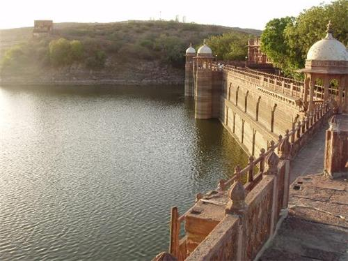 Balsamand Lake