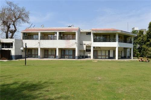 Myna Resort in Rohtak