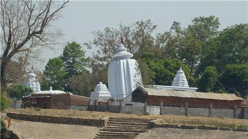 Leaning Temple of Shiva at Huma