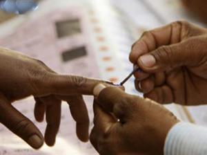 Polling at Shimla Municipal Corporation