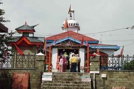 The entrance of the Tara Devi Temple