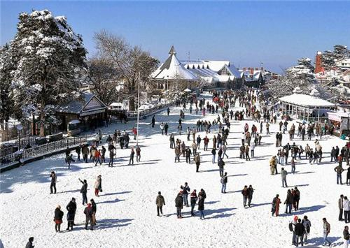 The Mall Road after snowfall