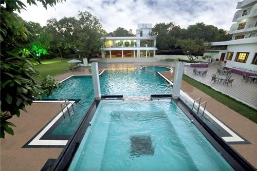 Best resort for honeymooners in Silvassa