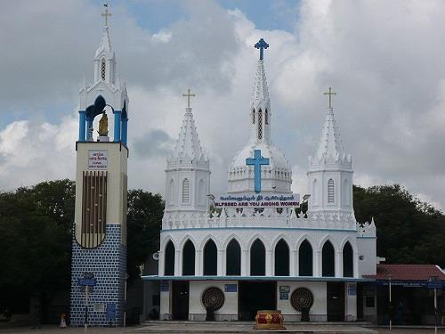 Holy Pond in Velankanni