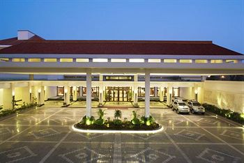 Famous Resorts in UP