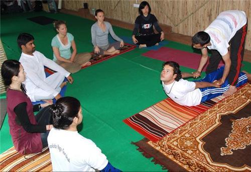 Best Yoga Classes in Rishikesh