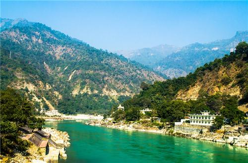 A famous place to visit in Rishikesh
