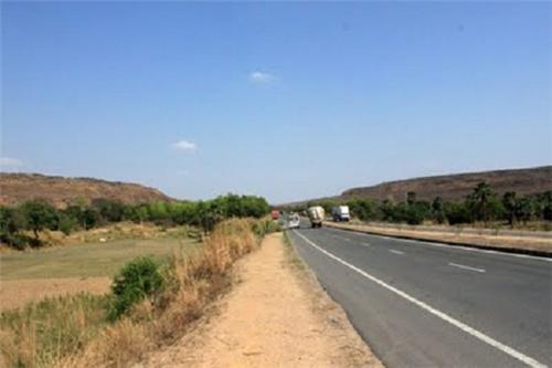 On-way-to-Varanasi-from-Vindyachal