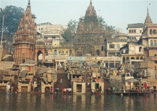Hanuman-Ghat