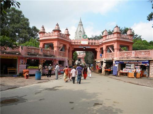 About Varanasi Population