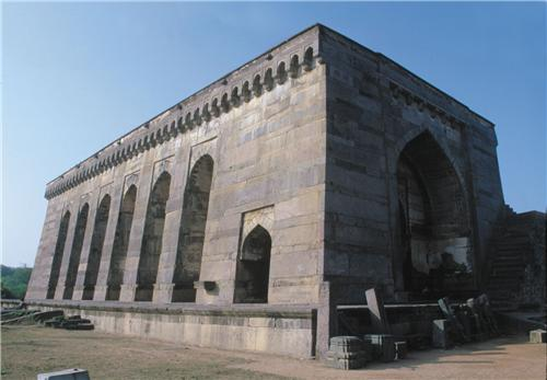 Monuments in Warangal